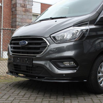 76vsp_2018_ford_transit_custom_bumperlip