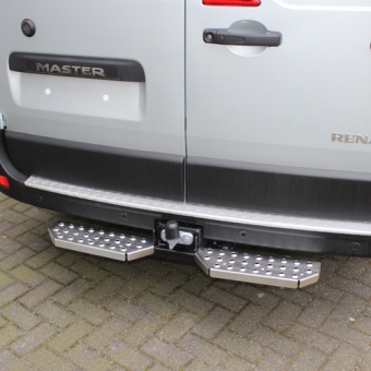 Rear Step middle for mounting at removable towing hook